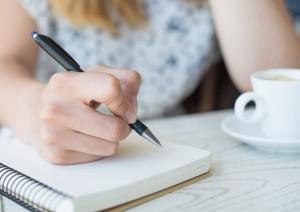 Alzheimer´s-13-Dificuldade-para-escrever-e-falar-na-Alzheimer´s-300x212